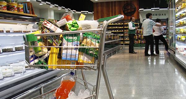 Ventas de supermercados de Ñuble aumentaron durante diciembre de 2018 c2cced7301f