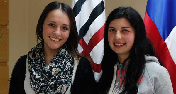 Sofía Fernández y Claudia Martínez.