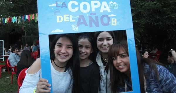 Constanza Karlezi, Martina Karlezi, Paula Reyes y Paula Casabón.