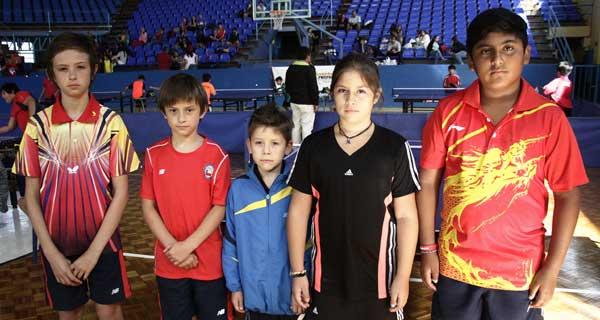 Cristian Dumont, Jean Dumont, Lucas Torres, Martina Montecinos y Javier López