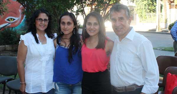 Ángela Contreras, Constanza Oyarzún, Vany Oyarzún y Pedro Oyarzún