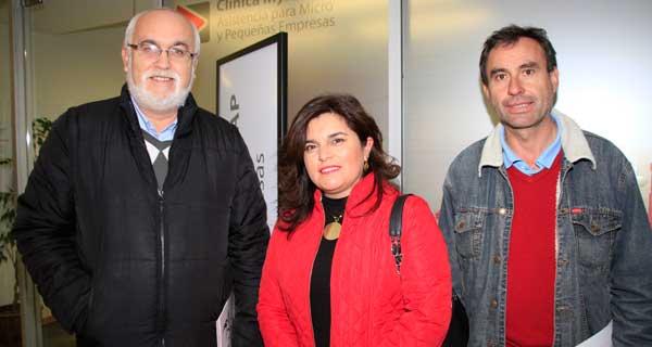 Axel Baquedano, Gladys Villalobos y Juan Vargas.