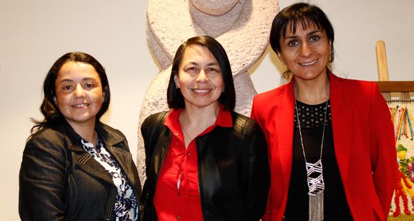 Sandra Astroza, Andrea Iturra y Paola Becker.