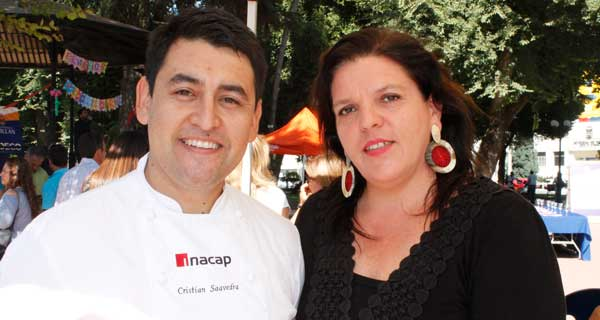 Cristian Saavedra y Jeanette Oehrens.