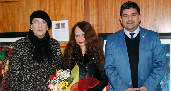 Carmen Contreras, Edelweiss Swett y Rodrigo Herrera.