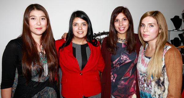 Jennifer Gacitúa, Nicole Sepúlveda, Francisca Moreno y Carolina Gallegos.